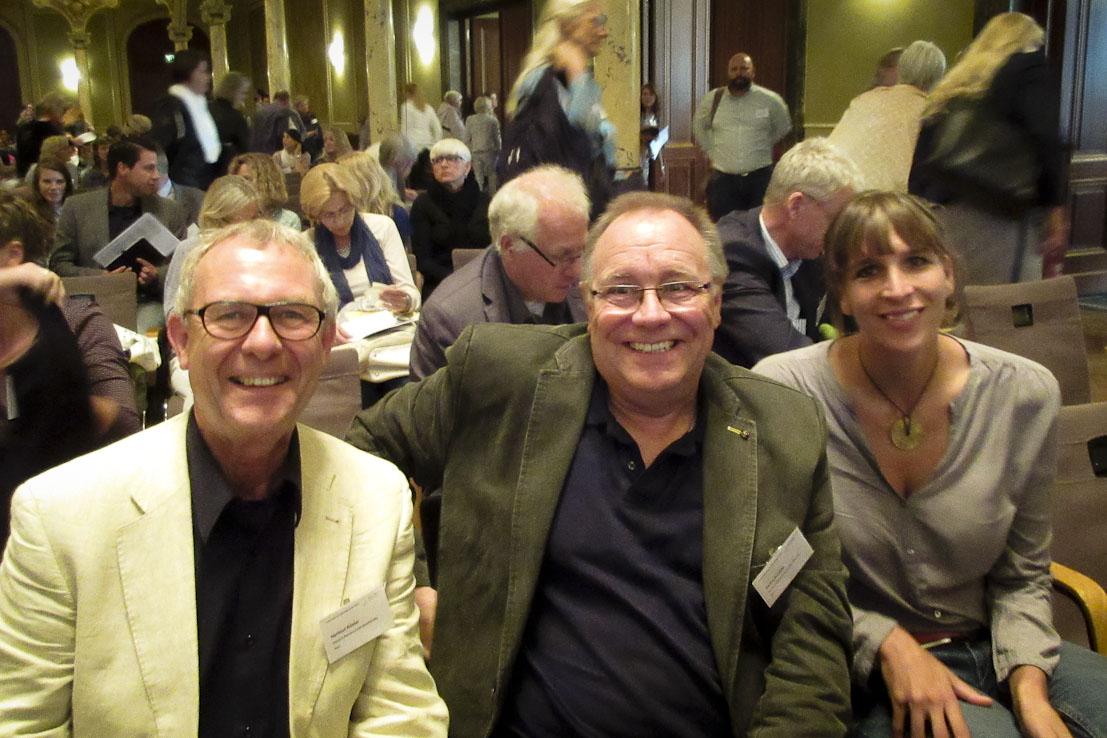 Wir sind stark vertreten: Nadine Liebig, Bernd Schäfer und Hartmut Rösler direkt vor Ort
