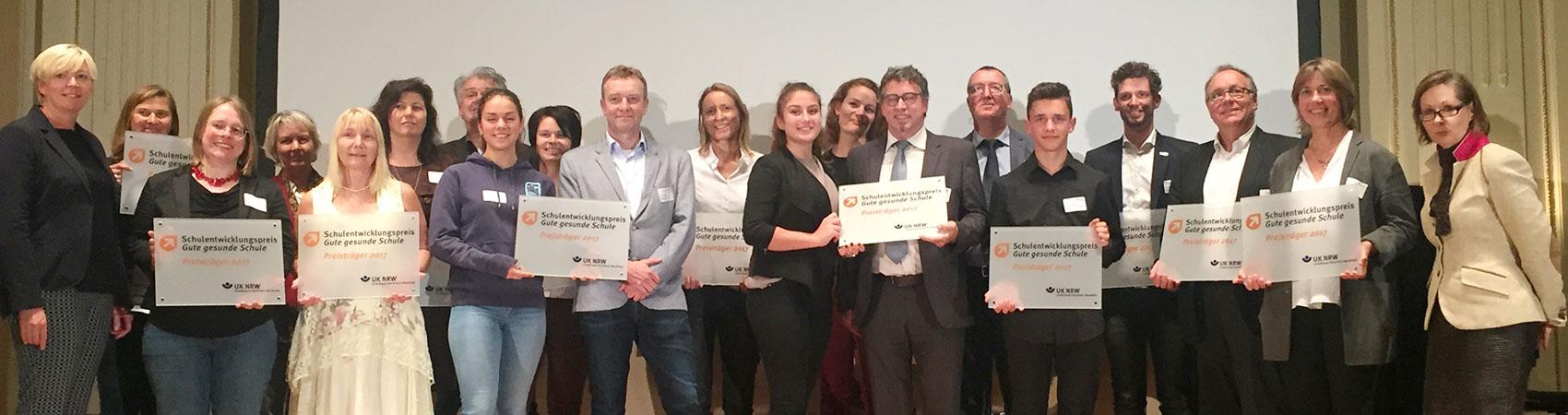 Das Richard-Riemerschmid-Berufskolleg für Gestaltung der Stadt Köln erhält den höchst dotierten Schulpreis (September 2017).