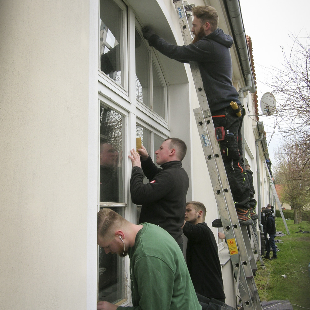 Deutsch-Polnische Jugendbegegnung: Kölner Handwerker/innen in Kreisau/Polen